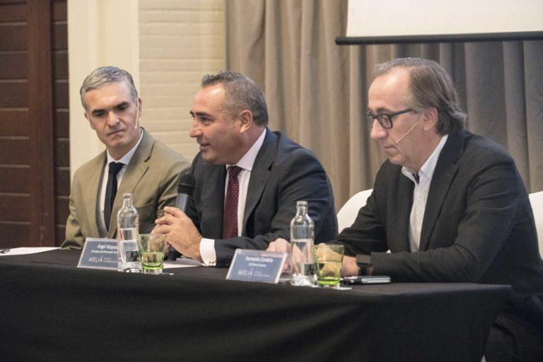 Iberia Express y Turismo Lanzarote exponen el papel de la conectividad aérea para el desarrollo económico de los territorios